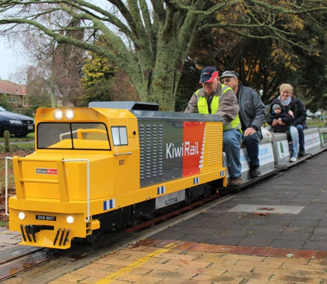 Miniature Trains – Cambridge Model Engineering Club on 2 February