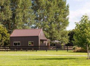 Angus Road Barn – deluxe deal