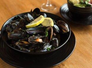 Culinary Cambridge- Belgian Beer & Mussel Pot Lunch!