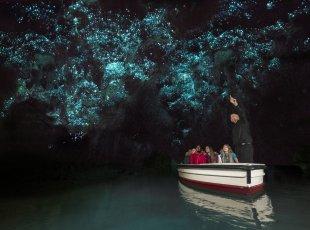 怀托摩双岩洞组合探险 Waitomo Glow-worm Caves